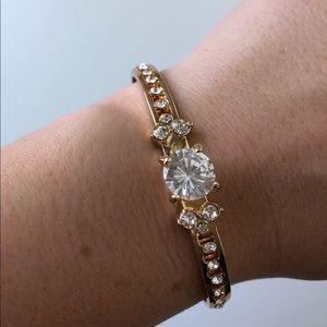 New classy gold bracelet